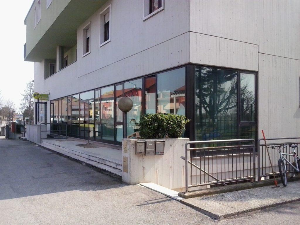 Ufficio Postale A Verona : Assalto all ufficio postale l esplosione nella notte sveglia i